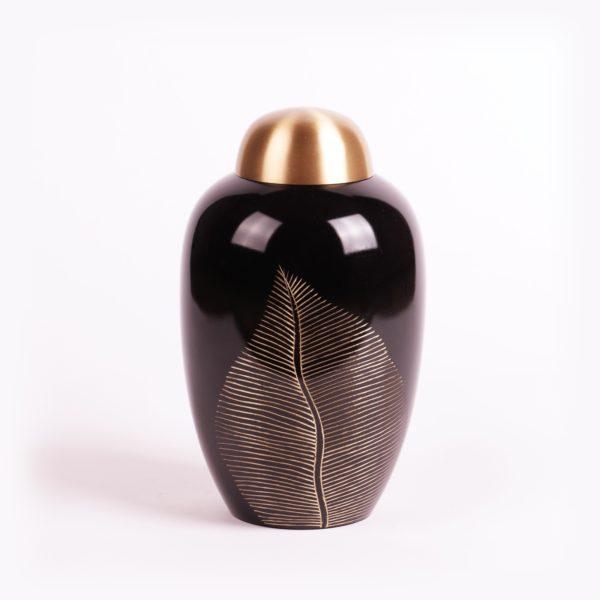Messing urn donker met bladmotief
